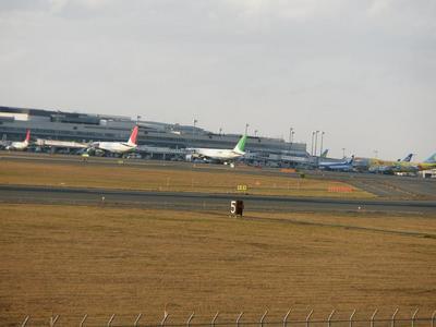 15千歳空港へ.jpg