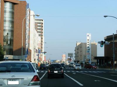 栄町駅前交差点1.jpg