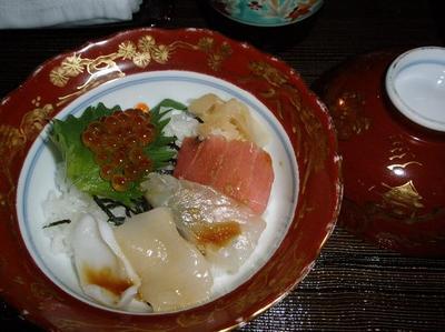 食事6 海鮮丼.jpg
