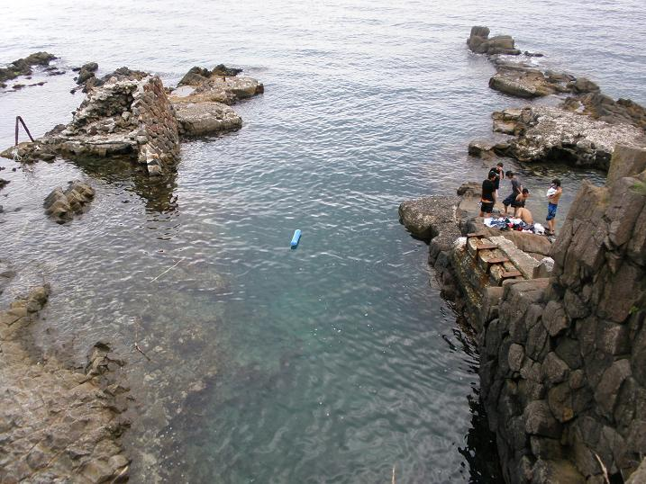 水深3メートルジャンプしても足は底に着かない15-16 .jpg